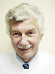 dr n. med. Krzysztof Czerkasow